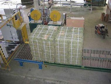 bale press strapping 5.jpg